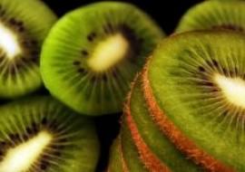 山东青岛:秋季水果大量上市